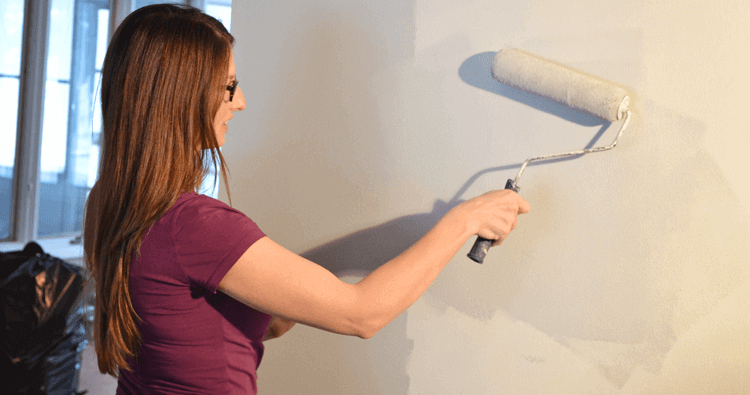 A Quick Approach on Using a Paint Roller
