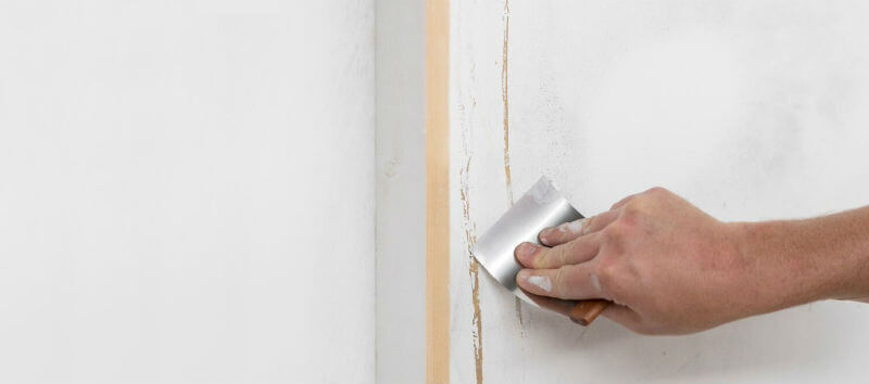 Fill Cracks and Holes in Plaster