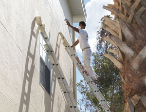 Use an Airless Paint Sprayer