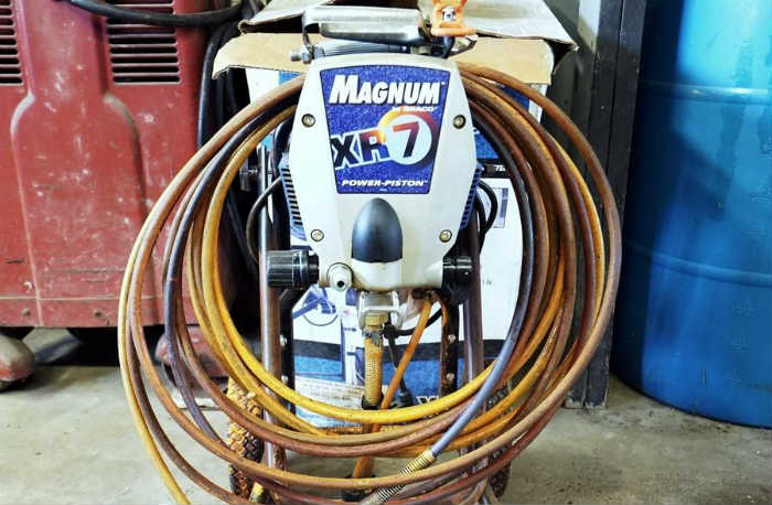 Graco Magnum XR7 Features