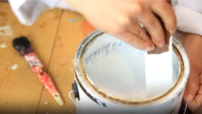 How to mix oil-based primer with latex paints
