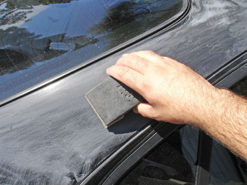 What Grit Sandpaper to Use When Painting a Car with Ease?