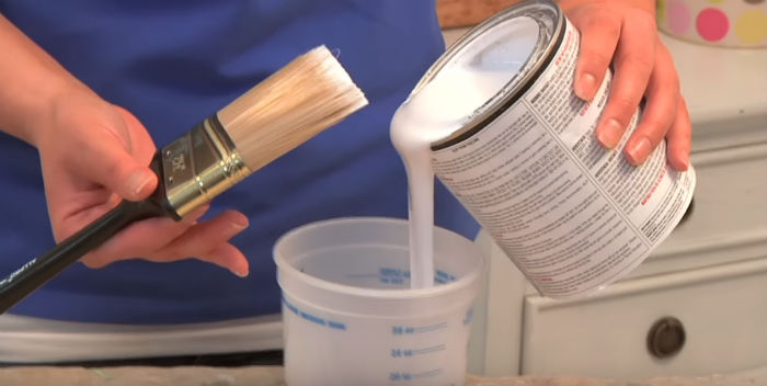 How To Choose the Right Paint and Primer