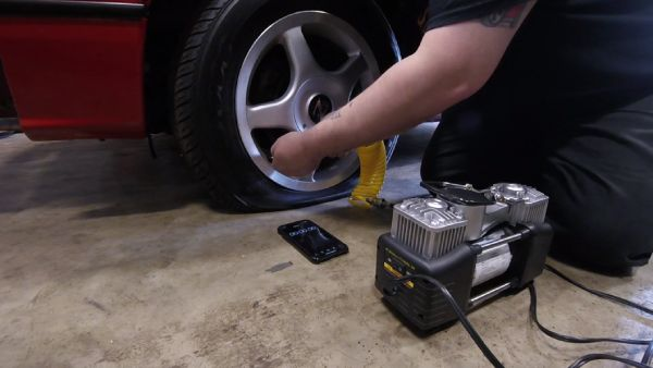 Best Portable Air Compressors For Truck Tires