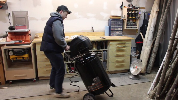 What to consider when buying a 30-Gallon Air Compressor
