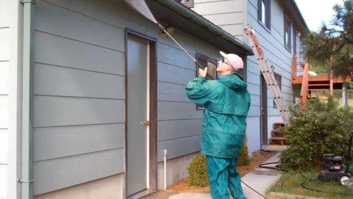 Pressure Wash A House Before Painting