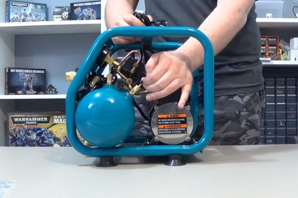 Makita AC001 Review & Buyers Guide – All You Need To Know