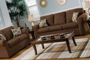What Color Goes With Brown Furniture